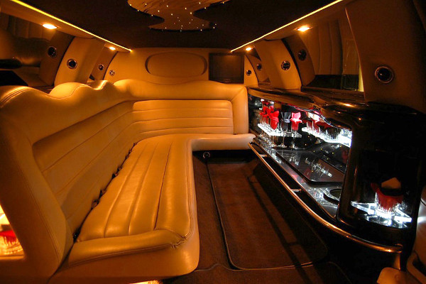 lincoln limo service Stockton