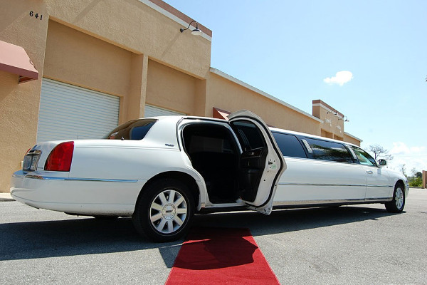 lincoln stretch limo Stockton